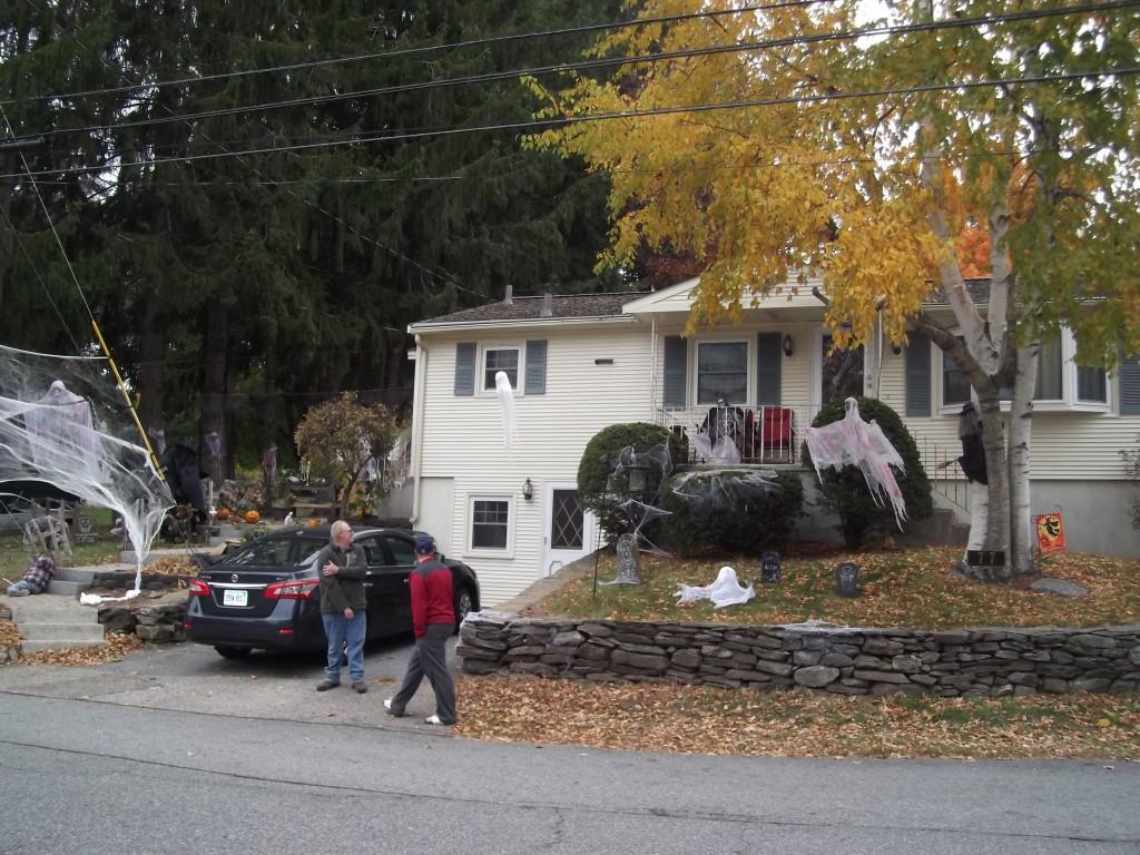 Halloween 2015 Dave Flint Family Yard