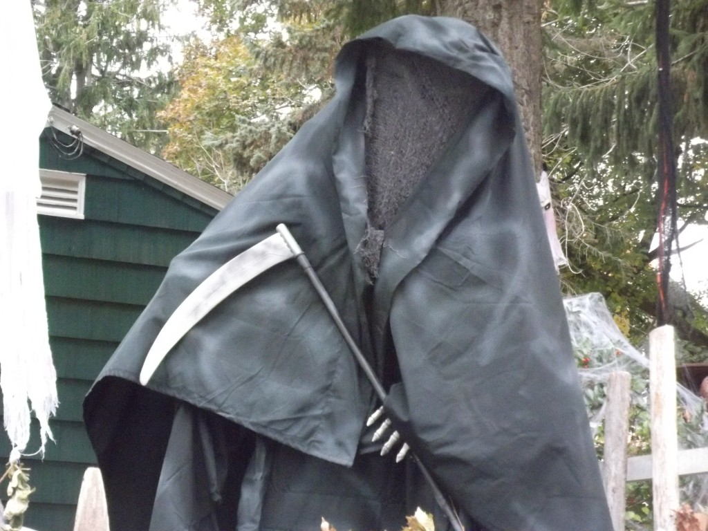 Halloween 2015 Grim Reaper Decoration